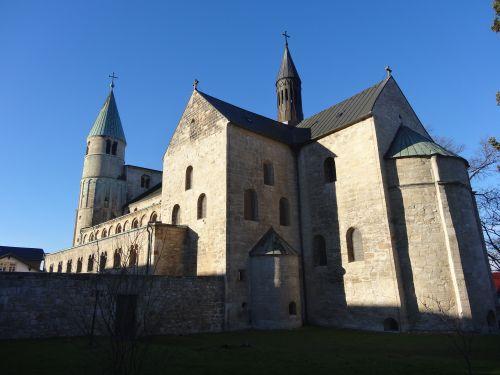 2017-Stiftskirche-Gernrode-Ostseite