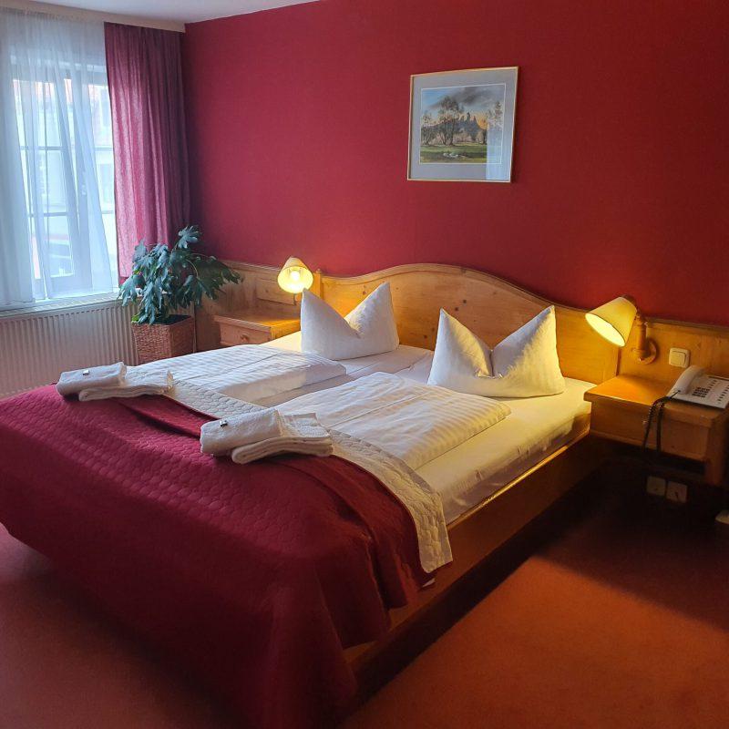 Doppelzimmer im Hotel Zur Goldenen Sonne in der UNESCO Welterbestadt Quedlinburg